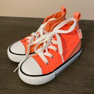 NEW converse size 7 high tops